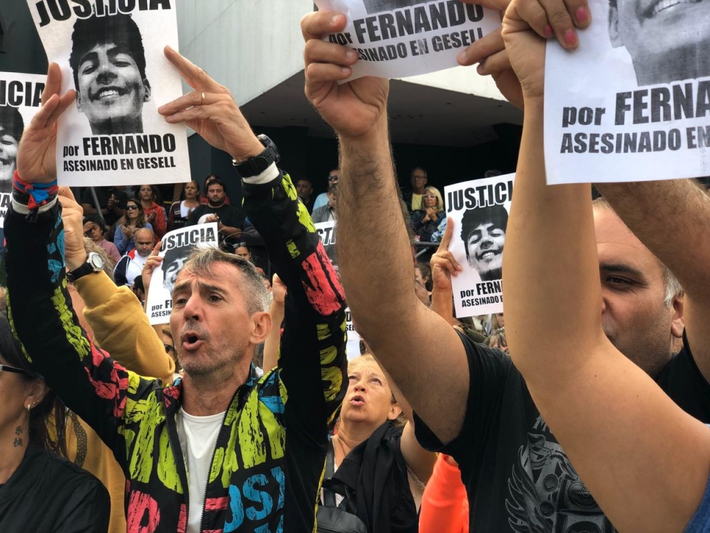 Una multitudinaria marcha reclama justicia por el asesinato de Fernando Báez Sosa