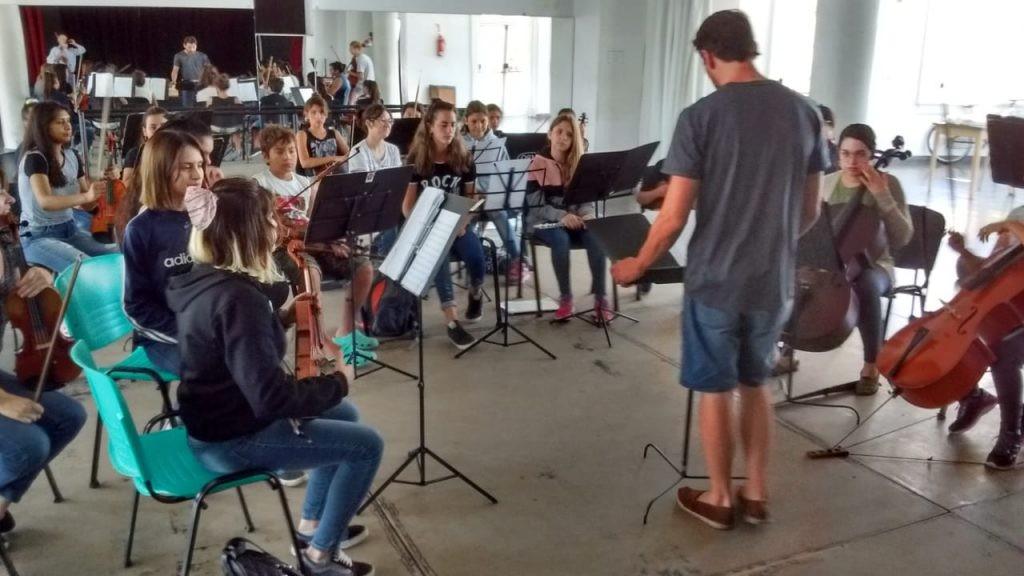 Más de mil olavarrienses en los talleres de verano de las Escuelas de Educación Artística