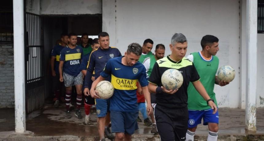 Exitoso torneo integración de fútbol en la Unidad N° 27