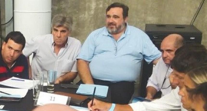 Tapalqué: el Secretario de Producción de Tapalqué en el encuentro de Ciencia y Tecnología de la provincia