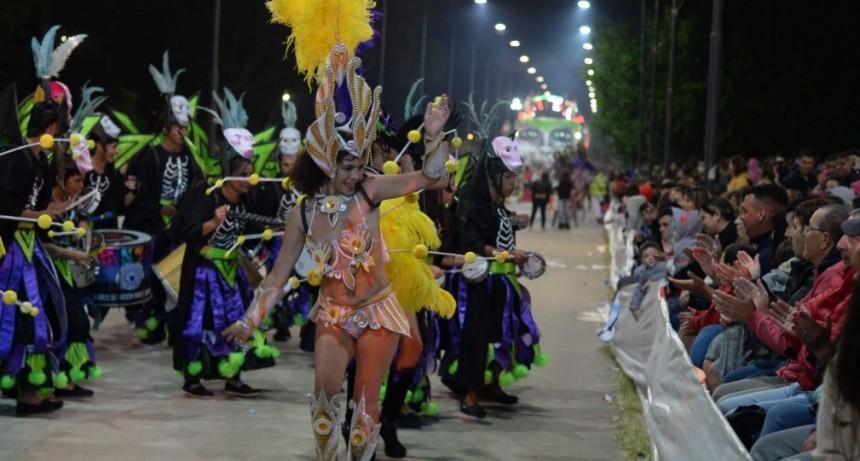 Más de 28 mil personas celebraron la última noche de Corsos