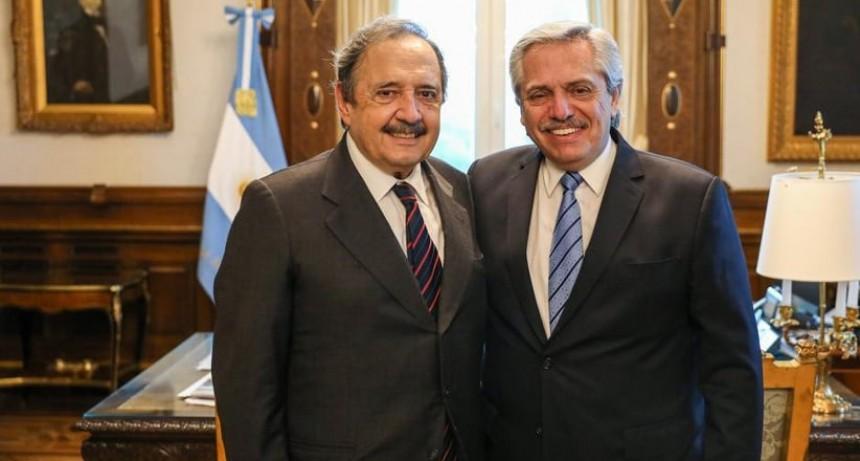 El presidente Alberto Fernández recibió al futuro embajador en España, Ricardo Alfonsín