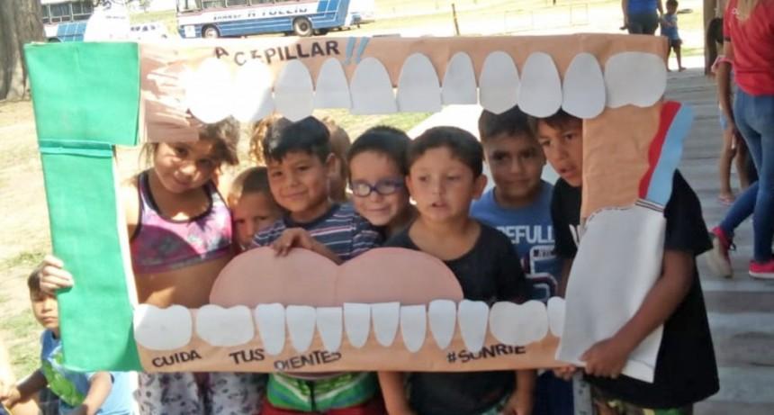Campaña de salud bucal en la quinta Don Mateo