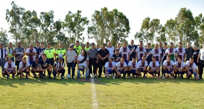 Fùtbol, integración y solidaridad