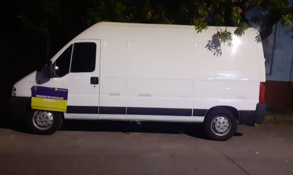 Recuperan una camioneta que tenía pedido de secuestro