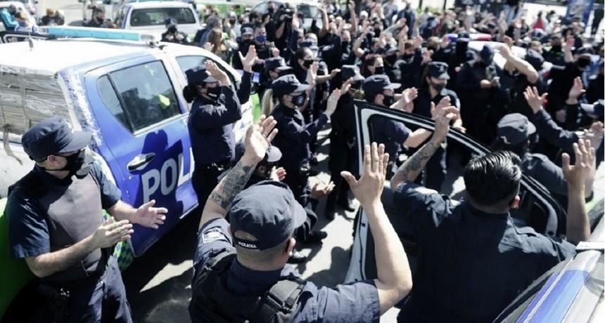 Reclamos policiales: ' no tiene una cabeza visible'