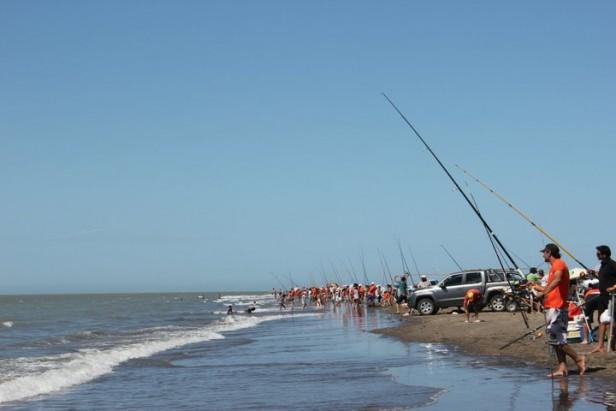 Pesca: en Semana Santa Bahía San Blas es protagonista