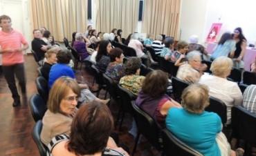 La Senadora Szelagowski en un encuentro de mujeres saladillenses