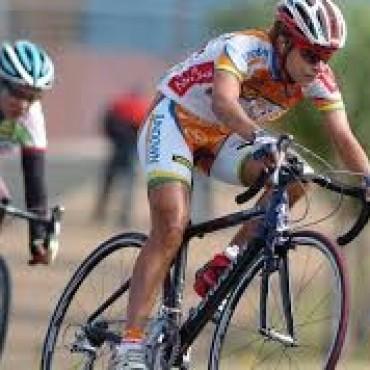 Ciclismo:Actividad en la pista de Racing