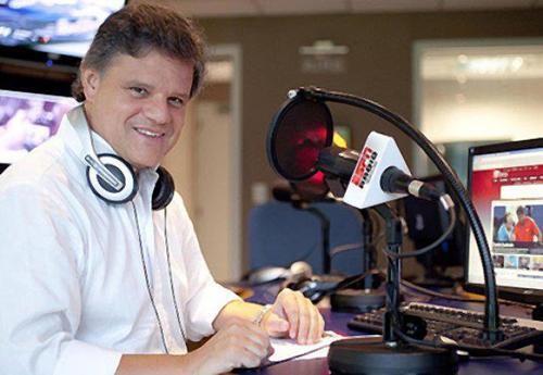 El prestigioso periodista Enrique Sacco estará en Radio Olavarría el lunes