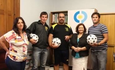 Donaciones de La Higuera para la Escuela 40, el Jardín 912 y El Provincial
