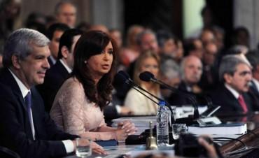 Cristina: trenes, industria y AMIA los temas salientes