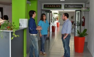 Centros de Salud : eslabón primordial de la política sanitaria municipal