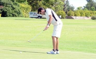 Félix Córdoba es el nuevo dueño del  Abierto de Golf 2015