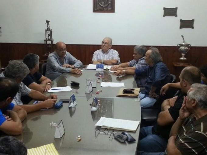 El municipio entregó subsidio a clubes para las divisiones de fútbol