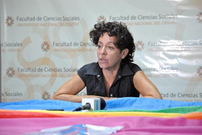 Marta Dillon realizó un conversatorio con organizaciones sociales