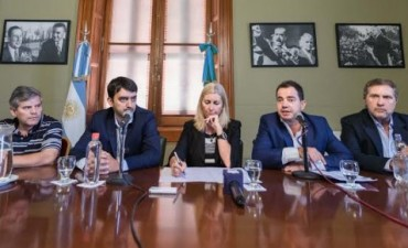 El Frente Renovador presentó paquete de medidas para proteger el derecho de los consumidores