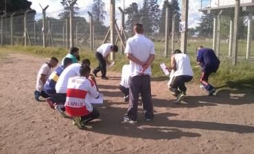 Vía Crucis en el campo de deportes de la Unidad N° 38