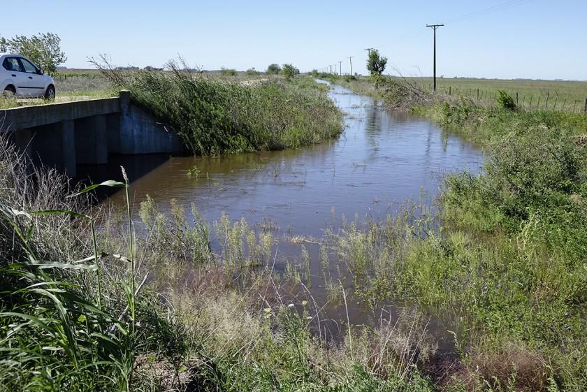 Azul: se constató el óptimo escurrimiento de aguas en el Arroyo Azul