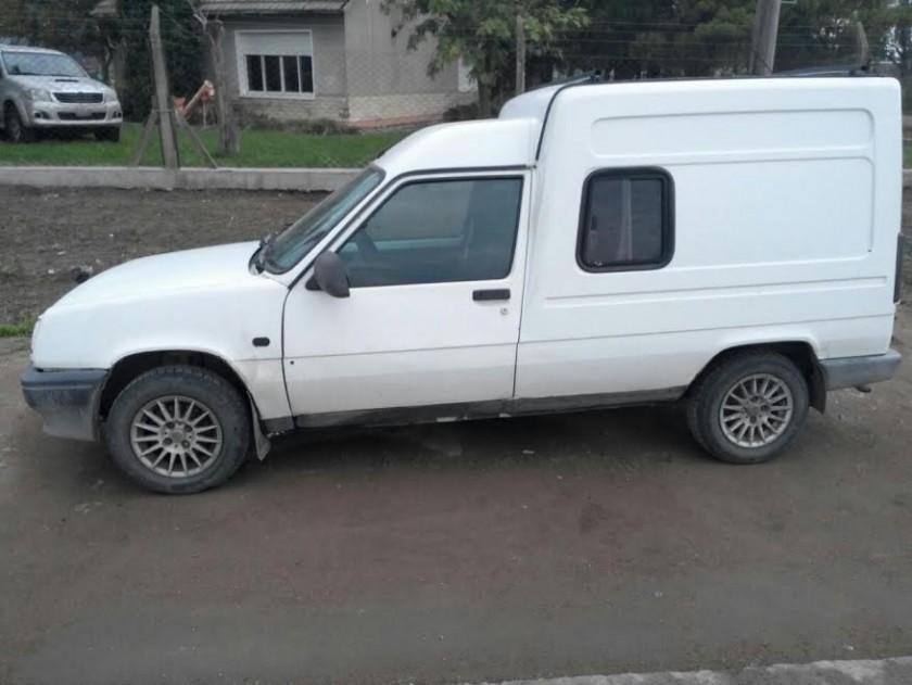 Retuvieron un vehículo con pedido de secuestro activo