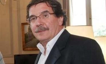 Alberto Sileoni: 'El gobierno nacional está incumpliendo una ley nacional'