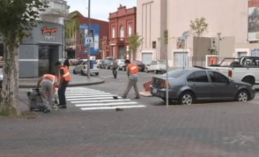 El Municipio realiza distintos trabajos de demarcación vial
