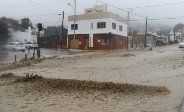 Comodoro Rivadavia: 'en una hora llovió lo que cae en 6 meses'