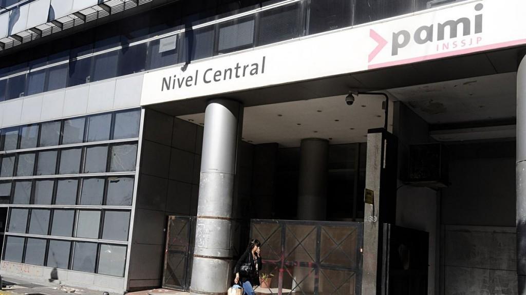 PAMI acordó con los laboratorios nacionales