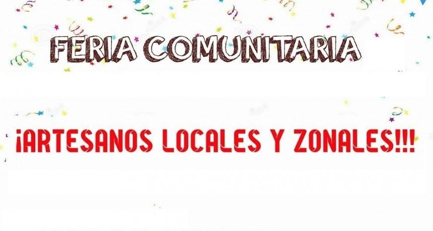 Alvear : Feria Comunitaria en la Plaza principal