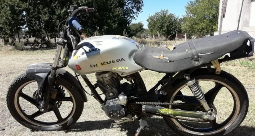 Buscan a propietario de motocicleta
