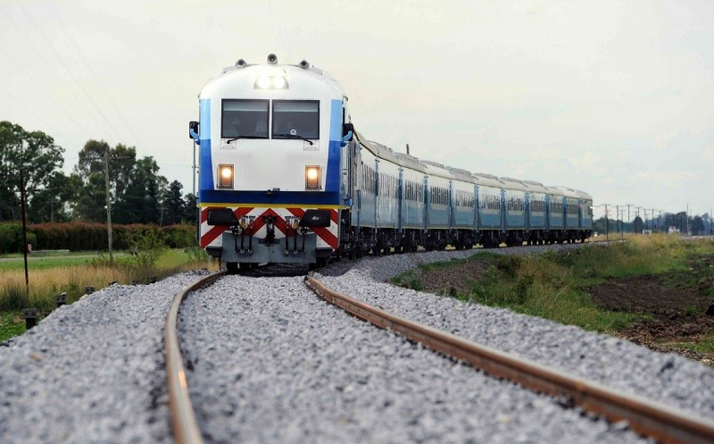 Tren a Bahía Blanca: creció un 29% la cantidad de pasajeros durante Febrero