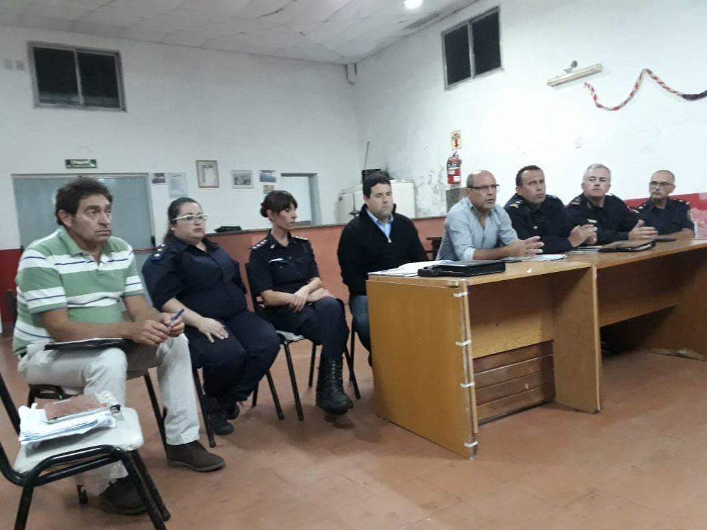 Funcionarios municipales de Seguridad se reunieron con vecinos de Sierra Chica