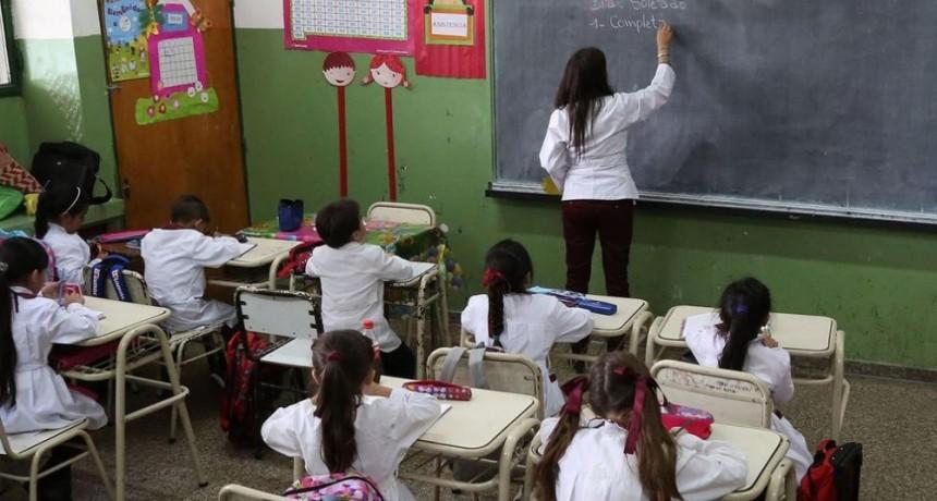 La provincia descontará los días de paro a los maestros