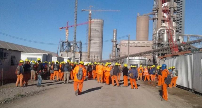 Construcción en L'amalí: Obra paralizada por mala liquidación de sueldos