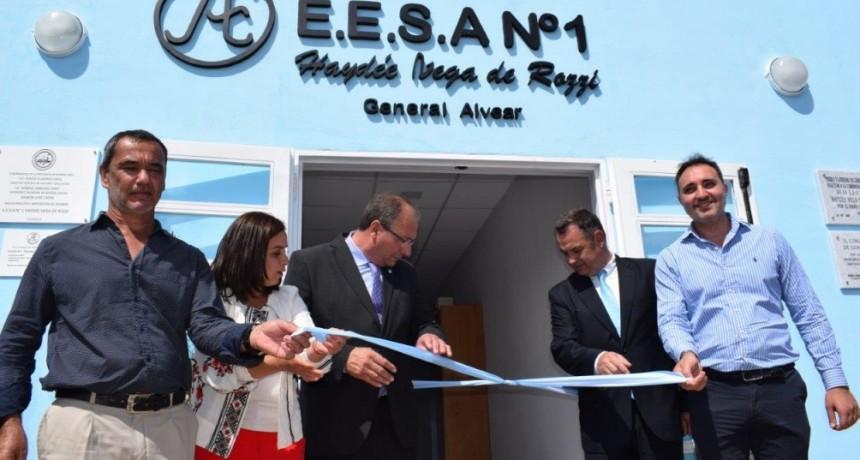 """General Alvear: Fue inaugurado el edificio de la Escuela Agraria Nº 1 """"Haydée Vega de Rozzi"""""""