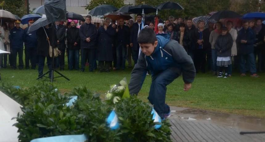 Acto homenaje a los Héroes de la Patria