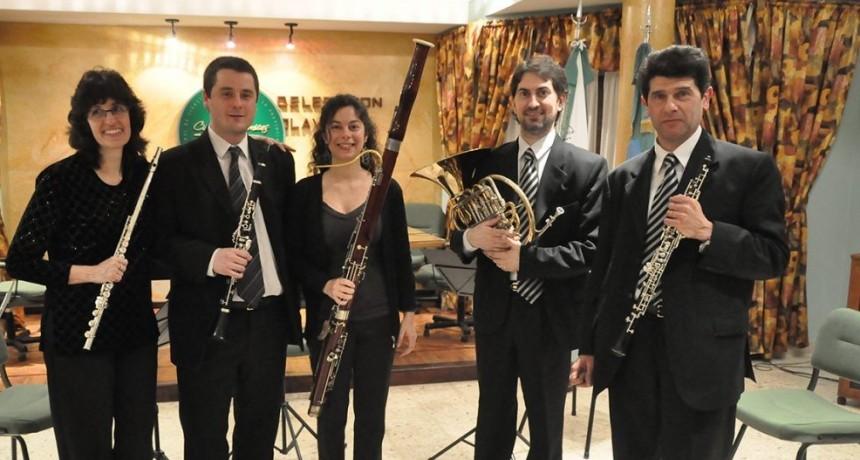 Música latinoamericana por el Quinteto de Vientos