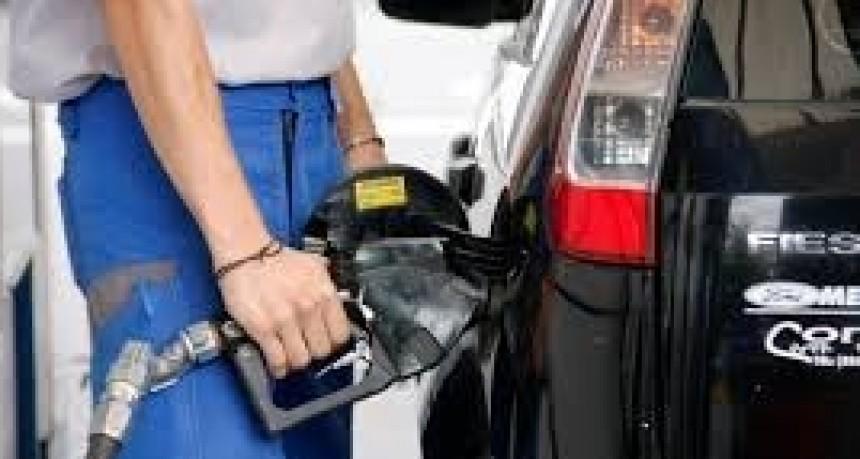 Combustibles: suben los precios, bajan las ventas