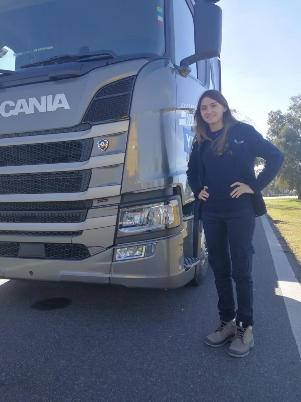 Mujeres y Camiones una relación que crece día a día
