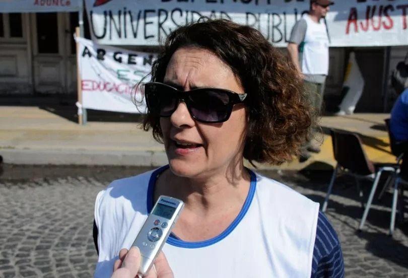 Universitarios: salarios y medidas por la situación sanitaria
