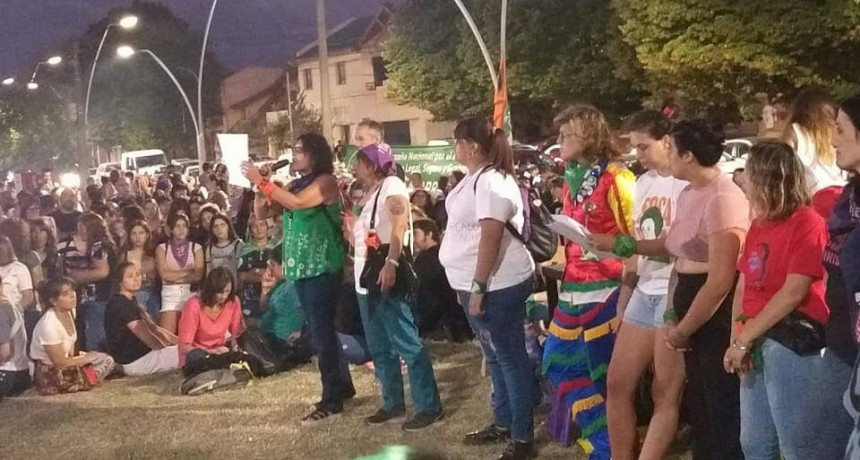 Olavarrienses se manifestaron por el Día de la Mujer Trabajadora