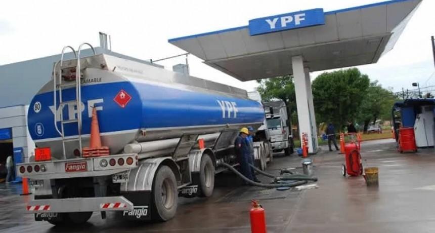 Las Petroleras descartaron desabastecimiento de combustible