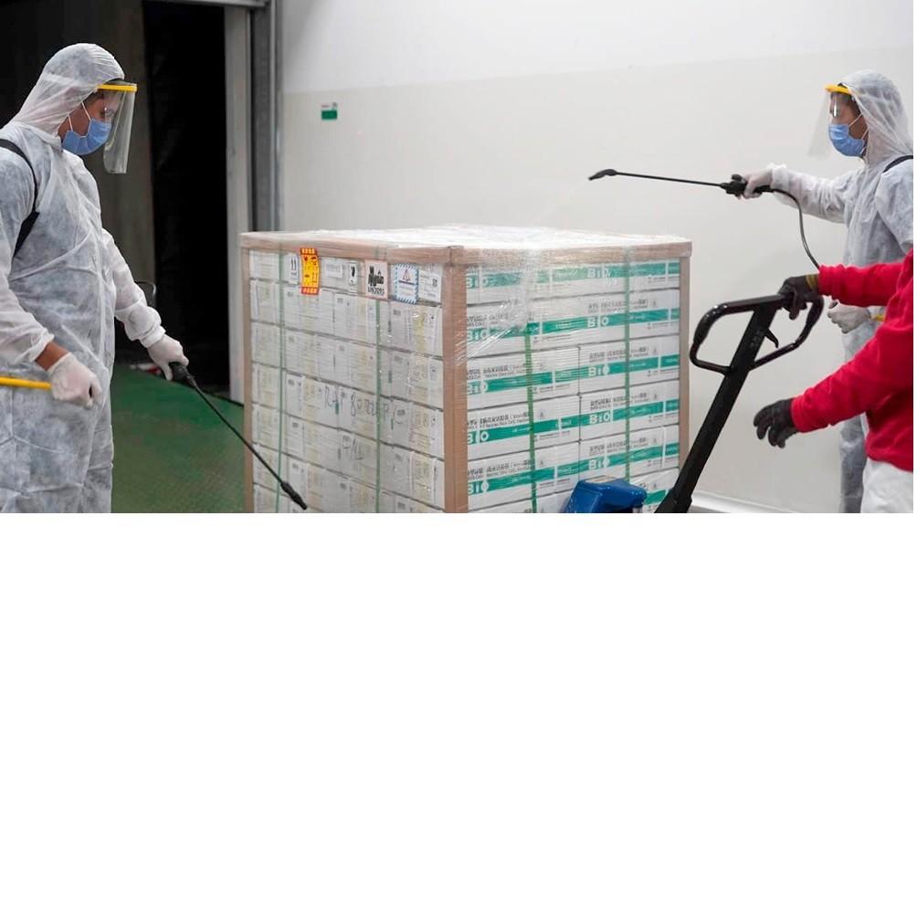 Se distribuyeron 492 mil dosis de Sinopharm para vacunar a los docentes en las provincias