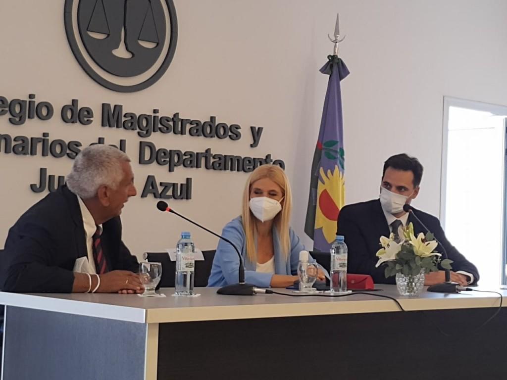Verónica Magario se reunió con referentes de la abogacía y la justicia departamental
