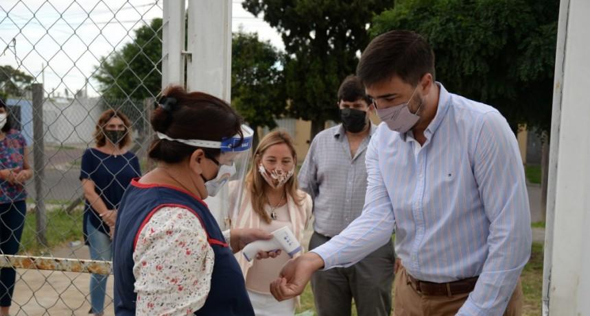 Galli visitó un Jardín de Infantes y un Maternal Municipal en el inicio de clases