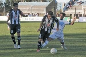 Racing fue goleado en Santiago del Estero