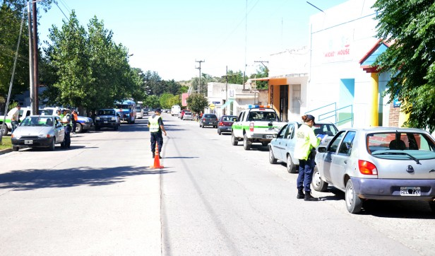 Protección Ciudadana realizó controles en Hinojo, Sierra Chica, y Sierras Bayas.