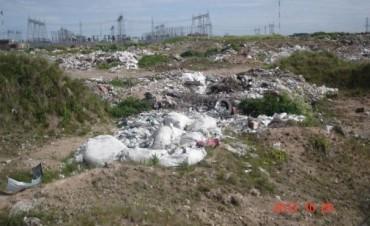 Concejales reclaman por un basural a cielo abierto