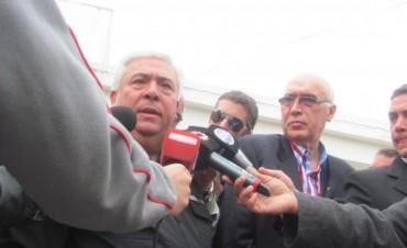 Saladillo: El comisario general Hugo Matzkin con la prensa