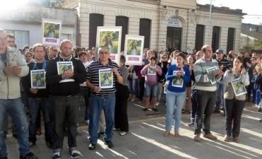 Familiares y amigos de la mujer hallada muerta en Saladillo marcharon pidiendo justicia